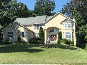 2148 QUEENS, READING, PA 19606