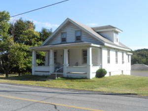 29 OAK GROVE ROAD, PINE GROVE, PA 17963