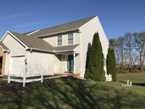Welcome to 4011 Parkside Ct. Mt Joy PA. Almost 2000 sqft of Living Area.