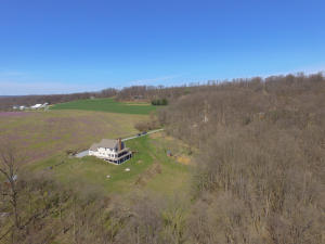 153 DOUTS HILL ROAD, HOLTWOOD, PA 17532