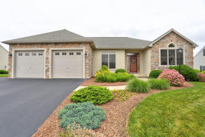 79 FARMINGTON LANE, ELIZABETHTOWN, PA 17022