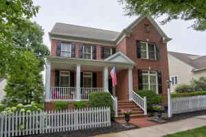 108 Little Hill Lancaster, PA 17602