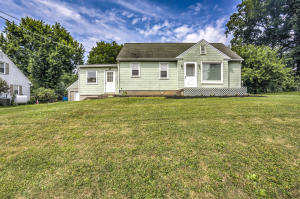 184 PEACH BOTTOM ROAD, WILLOW STREET, PA 17584