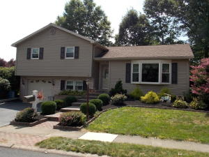 24 WATERCRESS LANE, ELIZABETHTOWN, PA 17022