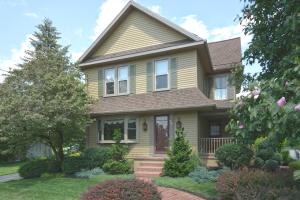 4276 DIVISION HIGHWAY, EAST EARL, PA 17519