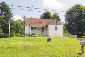 1002 SPRING VALLEY ROAD, QUARRYVILLE, PA 17566