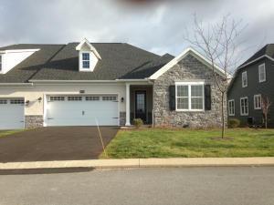 212 Sawgrass Drive Millersville, PA 17551