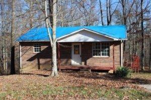 1024 Sunshine Lane, Jamestown, TN 38556