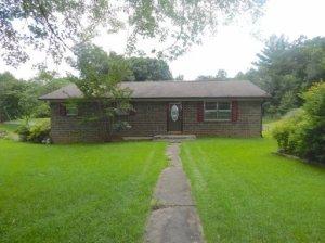 209 White Oak Lane, Heiskell, TN 37754