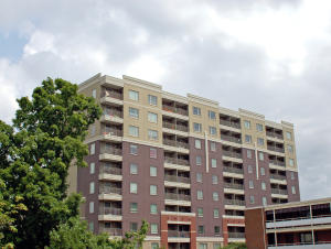 1735 Lake Ave, 902, Knoxville, TN 37916