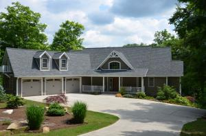 1865 Mountain Shores Rd, New Tazewell, TN 37825