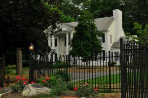 5215 Holston Hills Rd, Knoxville, TN 37914