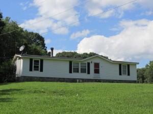 1069 Eagle Furnace Rd, Rockwood, TN 37854