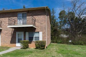 8 Eleven Estates Drive, Lenoir City, TN 37772