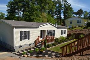 243 White Pine Lane, Rockford, TN 37853