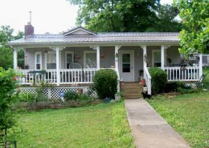 319 Bill St, Rockford, TN 37853