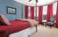 Bedroom w/Jack n Jill bathroom-Separate Vanity