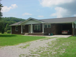 4976 White Oak Rd, Duff, TN 37729