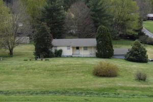 358 Caney Creek Rd, Rogersville, TN 37857