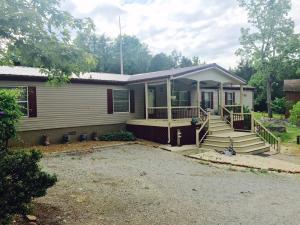 2547 Round Barn Rd, Powder Springs, TN 37848