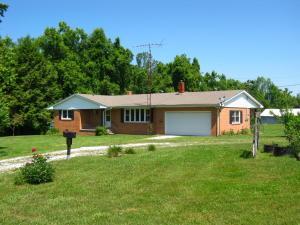 371 Potato Farm Rd, Crossville, TN 38571