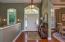Entry w/hardwood flooring