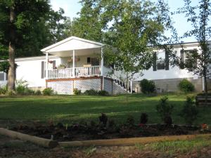 825 Red Rd, Pleasant Hill, TN 38578