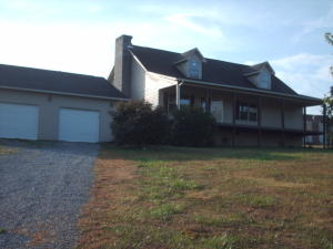 124 Fred Russell Lane, Speedwell, TN 37870