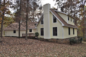 327 Fallen Oak Circle, Seymour, TN 37865