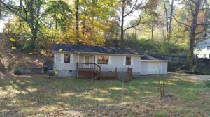 807 Wilson Rd, Oliver Springs, TN 37840