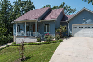 643 Lakeview Drive, Mooresburg, TN 37811