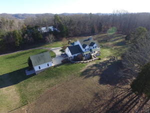 316 Red Hill Rd, Andersonville, TN 37705