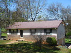 2706 Lisa Circle, Strawberry Plains, TN 37871
