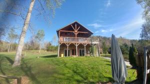 329 Lovely Bluff Rd, Rocky Top, TN 37769