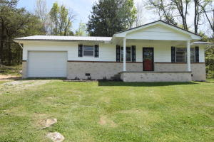 150 Mountain Valley Hwy 131 N, Thorn Hill, TN 37881