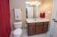 Full bathroom off bedroom 4
