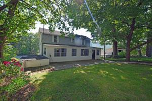 409 Walden Ave, Harriman, TN 37748