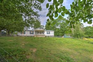1328 Elm Springs Ridge Rd, Washburn, TN 37888