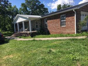 281 Young Ln, Tazewell, TN 37879