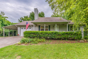1621 Garland Rd, Knoxville, TN 37922