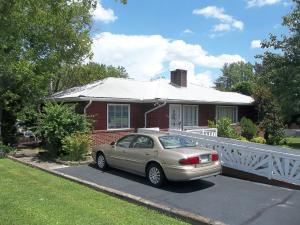 204 Brown Mountain Loop Rd, Knoxville, TN 37920