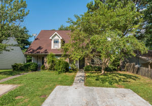 2032 Countryhill Lane, Knoxville, TN 37923