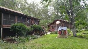 571 Shawnee Drive, Jacksboro, TN 37757