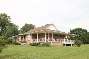 395 C And C Rd, Lenoir City, TN 37771