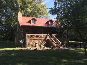 2552 Lakeside Drive, White Pine, TN 37890