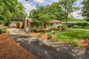 1300 Willmann Lane, Knoxville, TN 37919