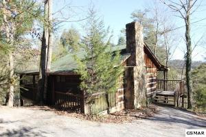 2050 Spotted Fawn Way, Sevierville, TN 37876