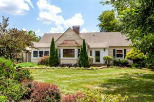 306 Oak Park Drive, Knoxville, TN 37918