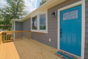 NEW: Advantage Point Windows, Ovation Premium Siding, Foundary Shakes and Rib Metal Roof