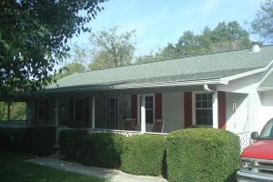 441 White Rock Rd, Jacksboro, TN 37757